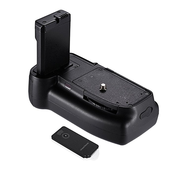 powerextra professional vertical battery grip for nikon d3200. Black Bedroom Furniture Sets. Home Design Ideas